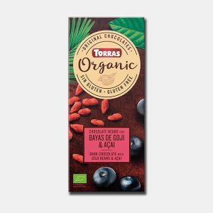 Organska tamna čokolada sa goji i açai. Kakao min. 52% Broj Art.: 720 Neto masa: 100 g Sastojci: Šećer od šećerne trske*, kakao pasta*, kakao maslac*, goji bobice* (6%), açaí prah* (1%), emulgator (suncokretov lecitin), prirodna aroma šumskog voća, prirodna aroma vanilije. Može sadržavati tragove: mlijeka, soje, orašastih plodova, sezama. *Sastojci organske proizvodnje. Poljoprivreda EU/ izvan EU. Kontrolira: ES-ECO-019-CT. Energija 2188 kJ / 525 kcal Masti 33 g -od kojih zas. mas. kiseline 20 g Ugljikohidrati 509 g -od toga šećeri 45 g Vlakna 4 g Bjelančevine 5 g Sol 0,03 g