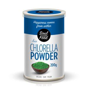 Chlorella (Klorela) u prahu BIO Soul Food, 200g Chlorella je slatkovodna modro zelena alga koja je zbog visokog udjela bjelančevina osobito prikladna za vegane. Chlorella je također jedan od najboljih izvora klorofila. Potiče metabolizam i pomaže probavnom sustavu. Upotreba Preporučeno koristiti 3 do 5 g (1 čajnu žličicu) dnevno, popiti razmućeno u soku ili vodi. Napomena Chlorellu se ne preporučuje uzimati s vrućim napicima jer tako gubi nutirtivne vrijednosti. Za osobe koje imaju problema s probavnim sustavom najbolje je da počnu s manjim dozama uz postepeno povećanje do preporučene dnevne doze.